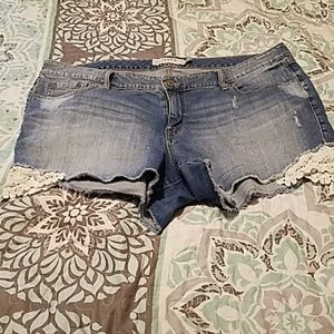 Torrid distressed shorts with lace size 20